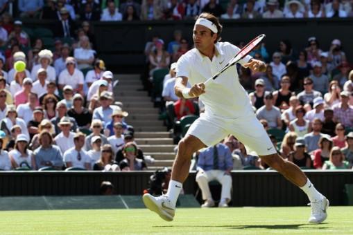 Federer atacando la red