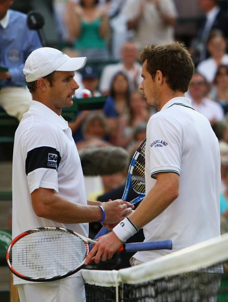 Roddick pasa a su 3ª final de Wimbledon