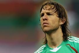 El jugador mexicano sufrió un infarto mientras dormía.